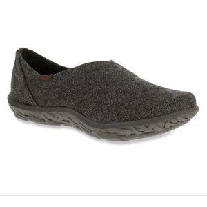 Cushe Loa Slipper Canvas Charcoal Women's  shoe